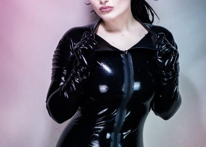 volven de viant domina latex model